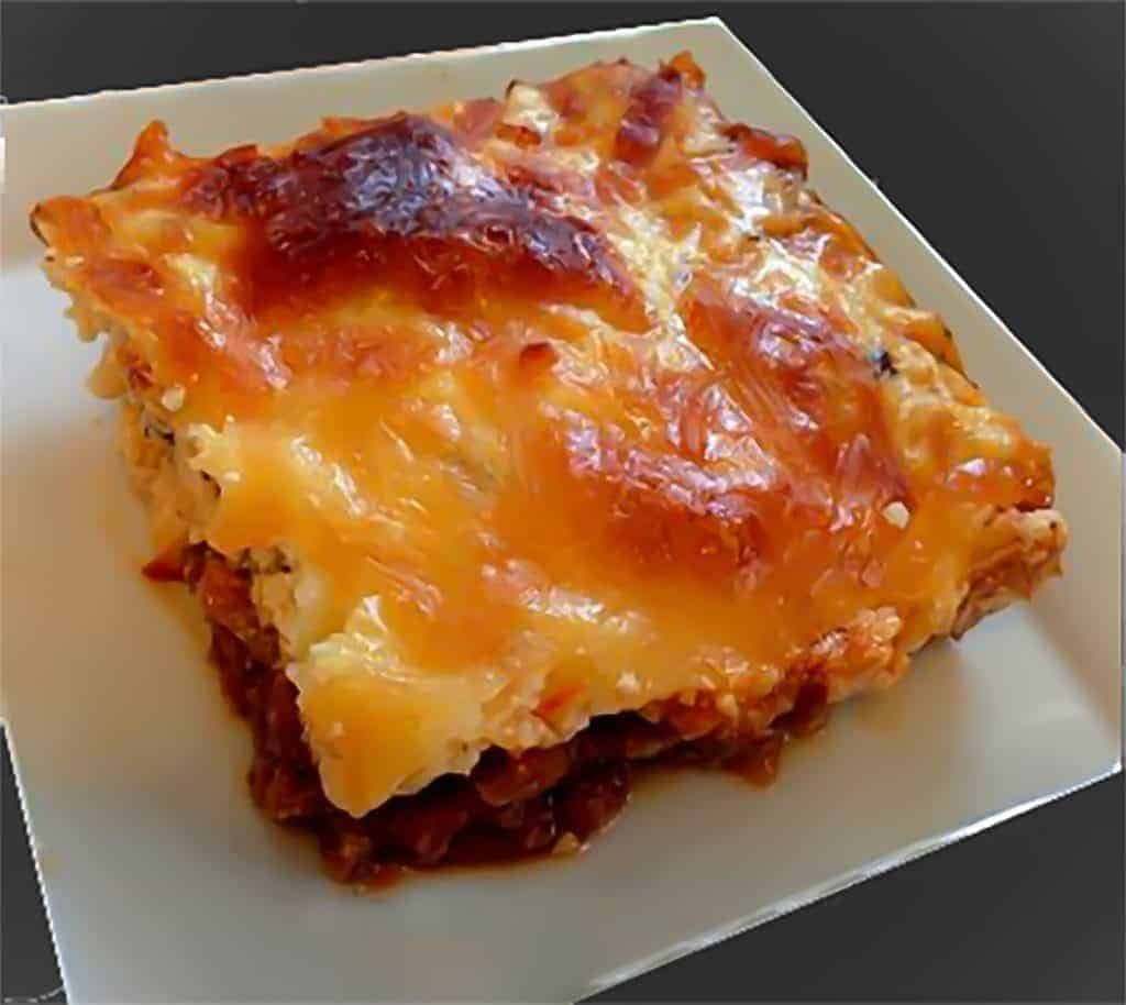 Low carb, easy lasagna with just meat and cheese for maximum flavor. Enjoy lasagna without the carbs!