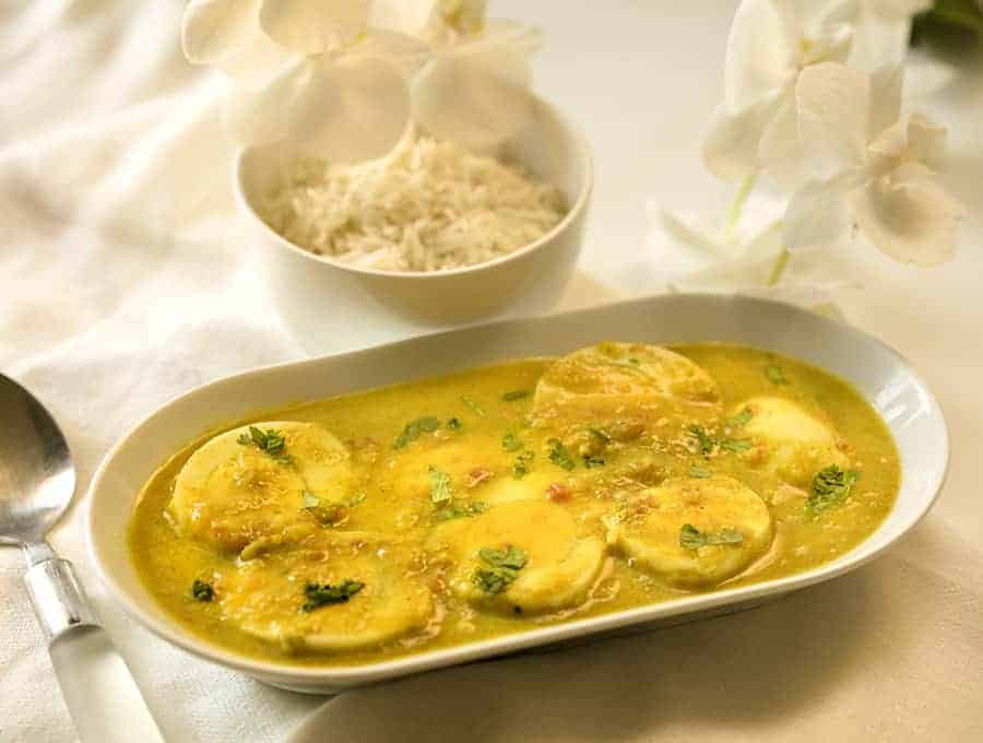 Instant Pot Egg Korma sideways