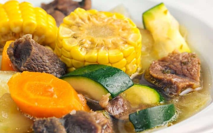 close up of caldo the des with vegetables