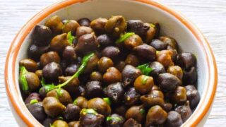 Instant Pot Indian Sookha Kala Chana Black Chick Peas