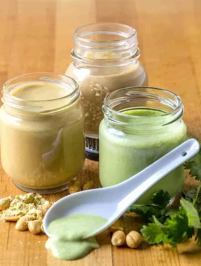 A simple 5-ingredient creamy cilantro jalapeño dressing that goes well with meats and vegetables alike. Use as a salad dressing to perk up a regular salad.