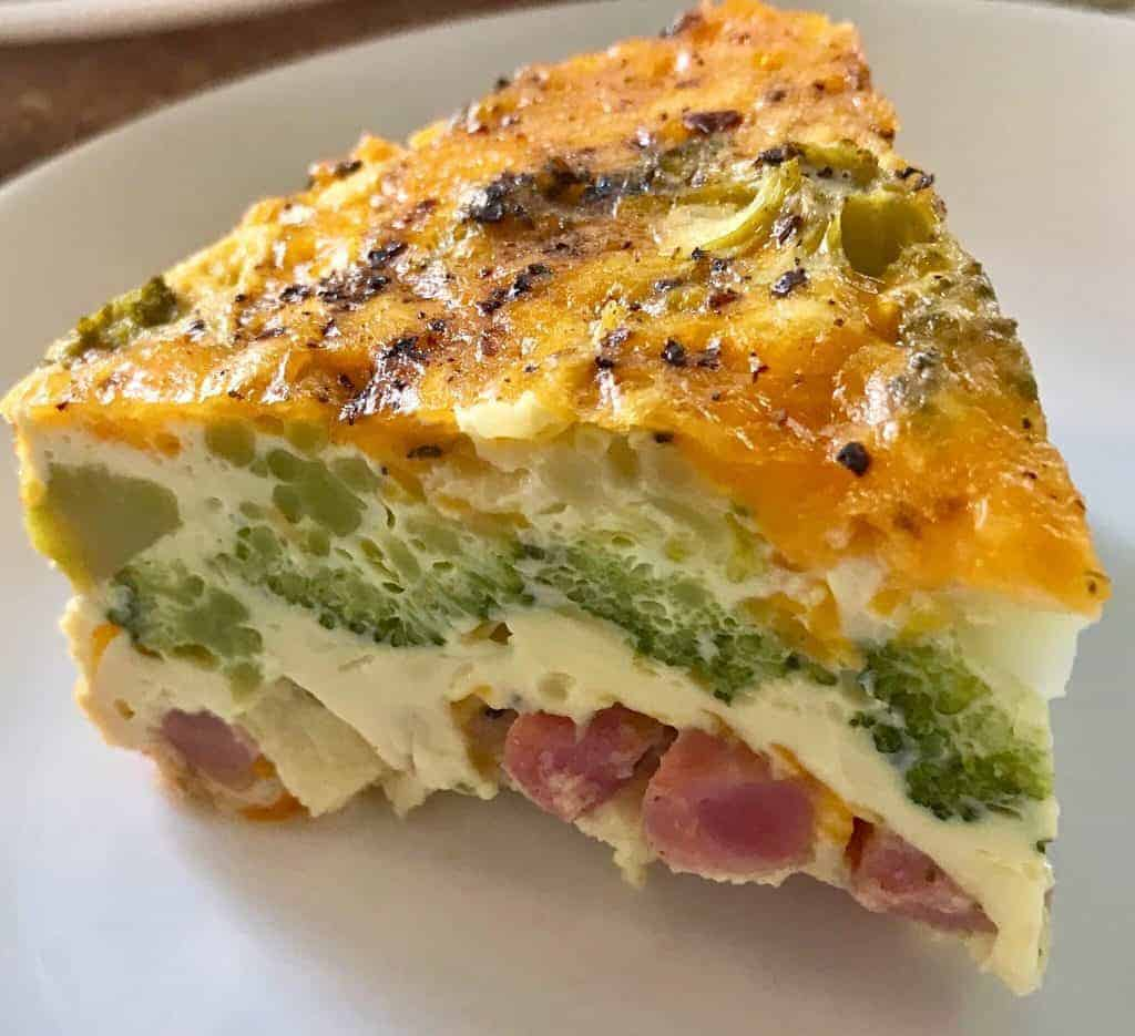 Instant Pot Keto Broccoli ham and pepper bake makes a fabulous breakfast or brunch, or a light one pot meal. Low carb, keto, and delicious.
