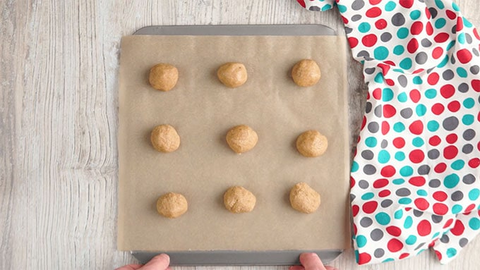 Raw Spice Cookies on a Baking Sheet.