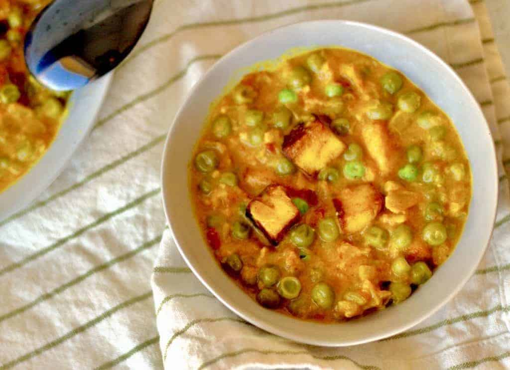 Make restaurant-quality Indian peas and paneer or Matar Paneer in your Instant Pot or Pressure cooker. This is a classic Indian Vegetarian recipe you can make at home in minutes. This Punjabi Style Matar Paneer tastes like dhaba Matar paneer but is ready in about 30 minutes in your Instant Pot or Pressure cooker.