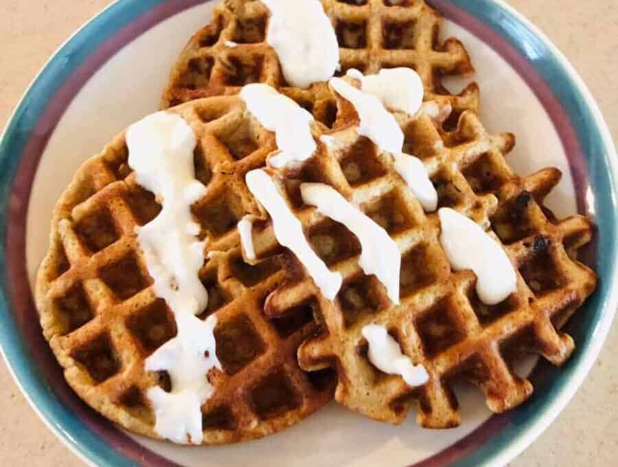 carrot cake chaffles with cream cheese drizzle