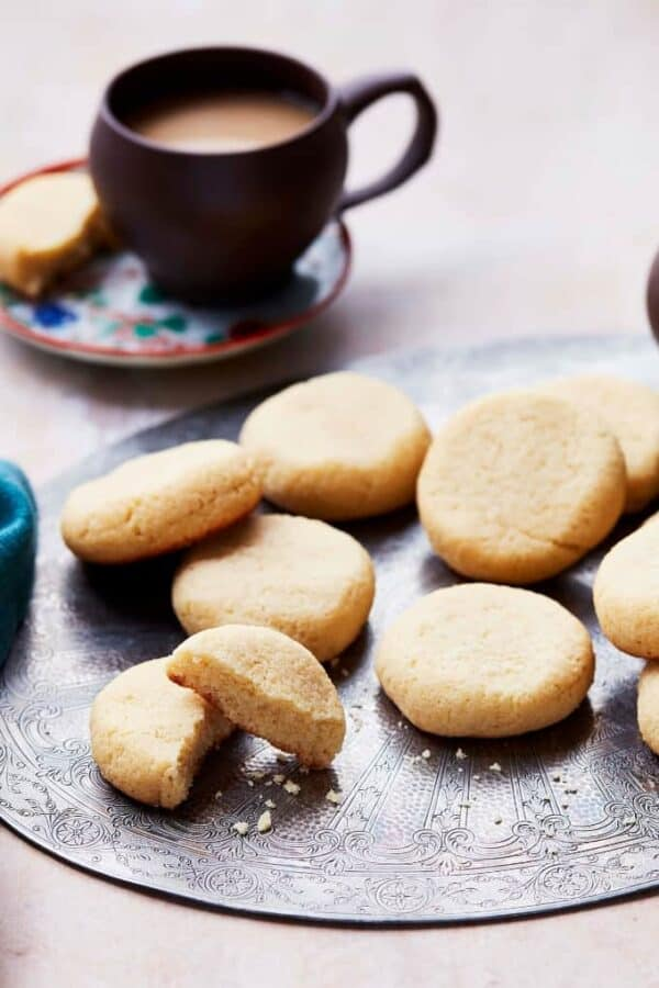Almond Flour Cookies Featured Image