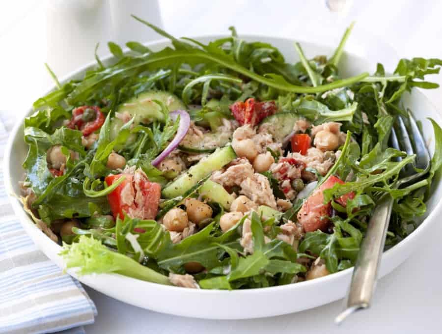 chickpea salad tuna