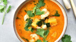 Thai red curry with shrimp, pumpkin, and spinach