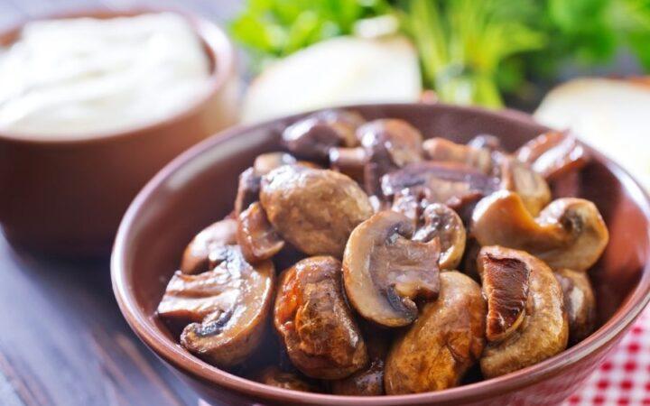 Air Fryer Mushrooms in a bowl