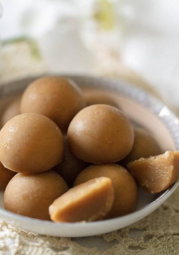 cropped-keto-Peanut-butter-bites-sideways-900x680-1.jpg